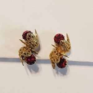Faux ruby floral clip-on's